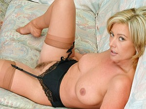 Tracey Coleman: Inside my moist panties