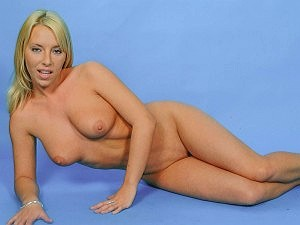 See Debbie Turpin in a get naked photo shoot